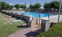 El PP cuestiona la fecha de apertura y aforo de las piscinas