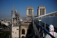 Notre Dame avanza hacia su reconstruc...