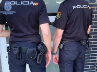 Policías reaniman en plena calle a un bebé que no respiraba
