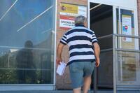 El paro baja en 110.100 personas hasta junio en España