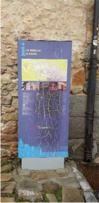 El PP denuncia el mal estado de las señales turísticas de Segovia