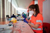 Renault vacunará a los empleados nacidos entre 1972 y 1981