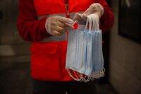 Cataluña repensará el usar mascarilla si avanza la vacunación