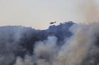 Cortan la carretera CM-3215 por el humo en Tobarra