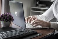 Solo el 36,1% de las microempresas utiliza redes sociales