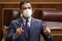 Sánchez afirma que pronto no hará falta mascarilla en exterior