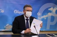 El PP exige revertir las vergonzosas listas de espera