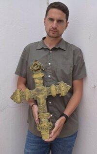La cruz de Ribarredonda ha sido restaurada y replicada