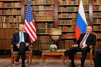 Biden le dice a Putin que es mejor verse a cara a cara