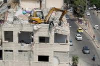 Israel ataca la Franja tras los globos incendiarios de Hamás