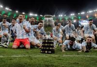 Argentina rompe su maleficio y conqui...