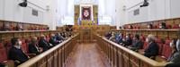 24 leyes en una mitad de legislatura marcada por la Covid