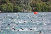 Varo y Cabrera triunfan en el I Triatlón Lagunas de Ruidera