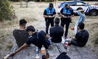 La Policía aumenta la presión sobre las zonas de botellón