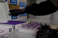 España bate su récord de vacunaciones diarias