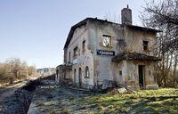 Edificios del Santander-Mediterráneo en ruina