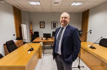 Bernácer solicitará un juez de refuerzo para cláusulas suelo