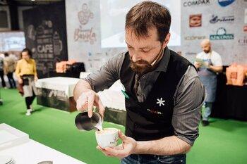 Óscar Solorzano optará a ser el mejor experto en cafés