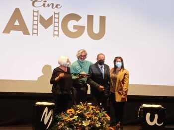 Micky Molina apoya el Día del Alzheimer en Guardo