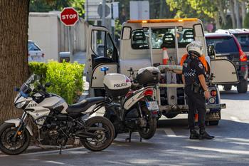 Un motorista resulta herido en la ronda de Alarcos
