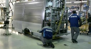 La plantilla de Iveco cede y acepta la propuesta de convenio