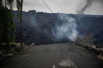 La lava cubre más de 150 hectáreas y arrasa 320 edificaciones