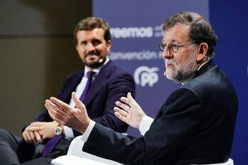 Casado y Rajoy erigen al PP como salvador de las crisis del PSOE