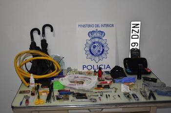 Detenidos tras asaltar una casa en carretera de Villacastín