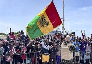 Los golpistas se afianzan en Guinea-Conakri