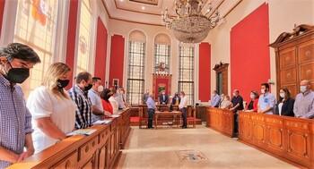 Duro enfrentamiento dialéctico en el Pleno de Hellín