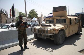 Los talibanes prohíben las manifestaciones
