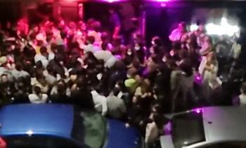 Los vecinos del centro piden limitar el horario de los bares