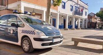Detienen a un conductor sin carné en Aldea del Rey