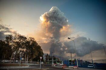 La fase explosiva del volcán de La Palma se intensifica