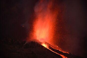 El volcán de La Palma tiene siete bocas activas